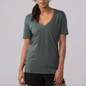 Lululemon Love Tee IV Dark Green V-neck